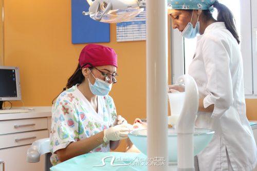 doctora en clinica de ortodoncia De Vicente en Granada