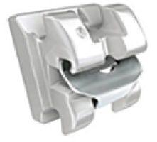 bracket utilizado en de vicente ortodoncia granada