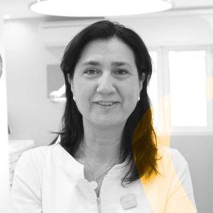 María del Mar de Vicente auxiliar de ortodoncia en Granada en la clínica dental De Vicente Ortodoncia